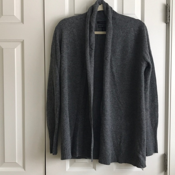 100% pure luxe cashmere cardigan